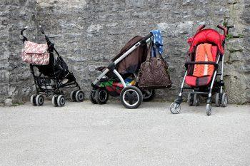 Kinderwagen kaufen pixabay.com © Antranias (CC0 Public Domain)