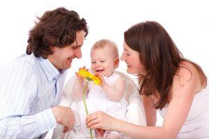 Elternzeit Väter pixabay.com © PublicDomainPictures (CC0 Public Domain)