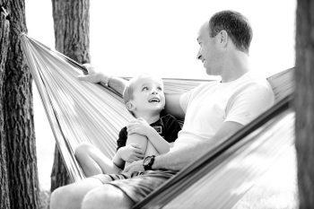 Elternzeit Väter pixabay.com © ambermb (CC0 Public Domain)